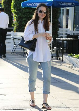 Lily Collins - Leaving a nail salon in Los Angeles
