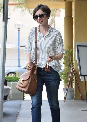 Lily Collins in Jeans -05
