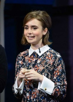 Lily Collins on the set of Extra in Universal City
