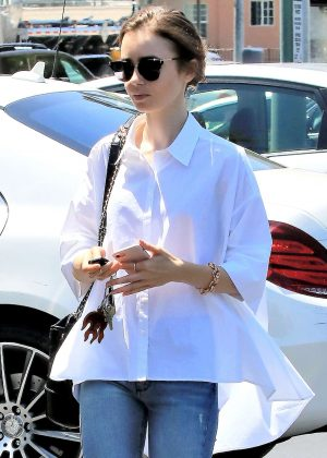 Lily Collins - Out for lunch in Los Angeles