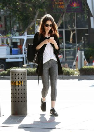 Lily Collins - Picks Up Iced Coffee in West Hollywood