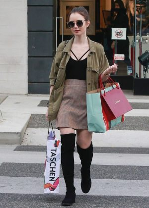 Lily Collins: Shopping in Beverly Hills -01