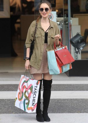 Lily Collins: Shopping in Beverly Hills -04