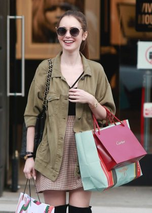 Lily Collins: Shopping in Beverly Hills -08