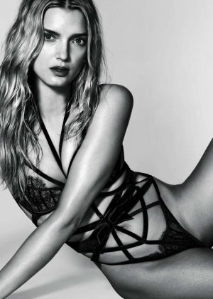 Lily Donaldson - 10 magazine's centrefold (February 2017)