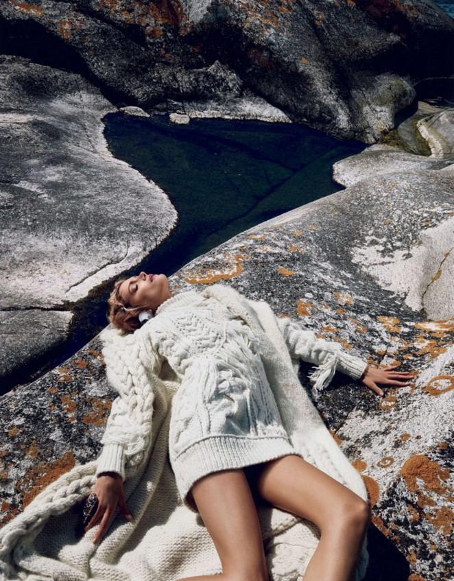Lily Donaldson - Vogue Japan Magazine (October 2015)