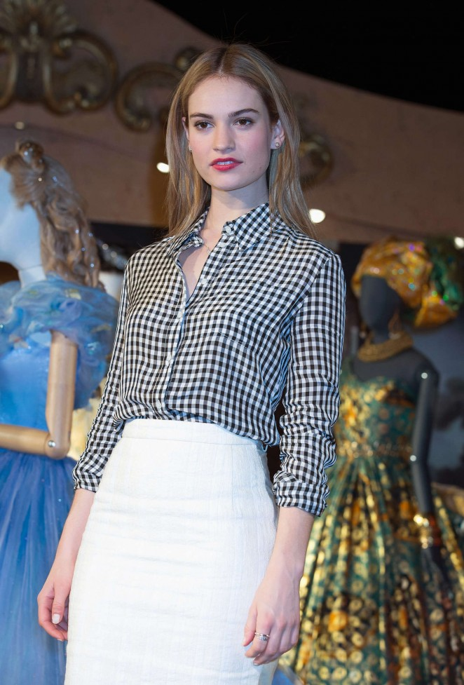 """Lily James - """"Cinderella"""" Photocall in London"""