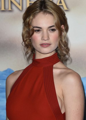 """Lily James - """"Cinderella"""" Photocall in Milan"""