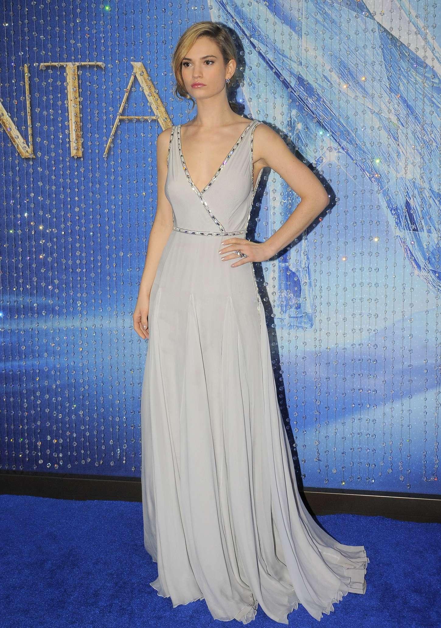 Lily James Cinderella Premiere In Mexico City Gotceleb