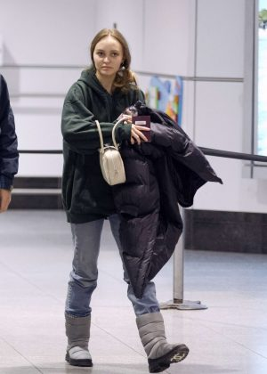 Lily Rose Depp - Arriving at the airport in Montreal