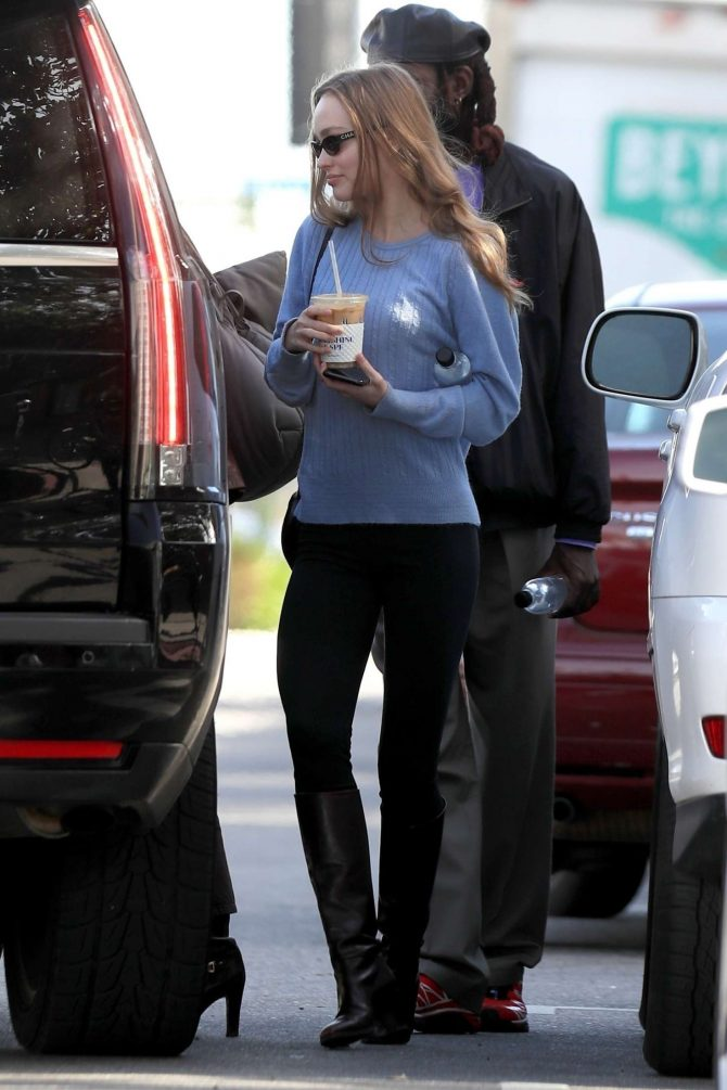 Lily Rose Depp: Shopping in West Hollywood -09