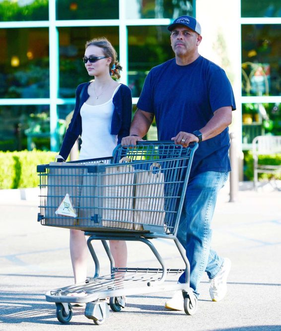 Lily-Rose Depp - Spotted while shopping in LA