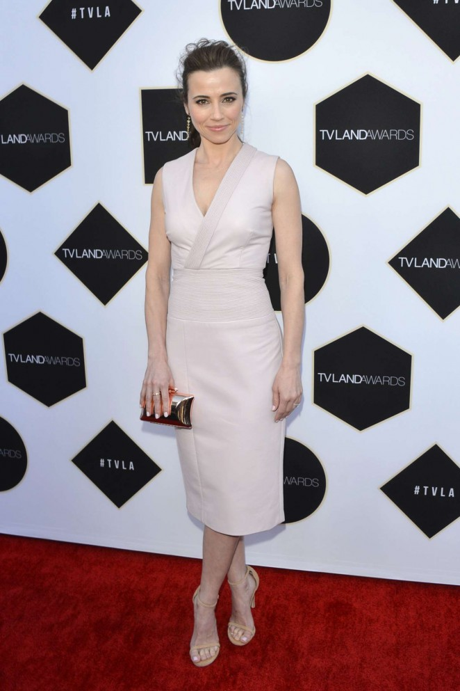 Linda Cardellini - 2015 TV LAND Awards in Beverly Hills