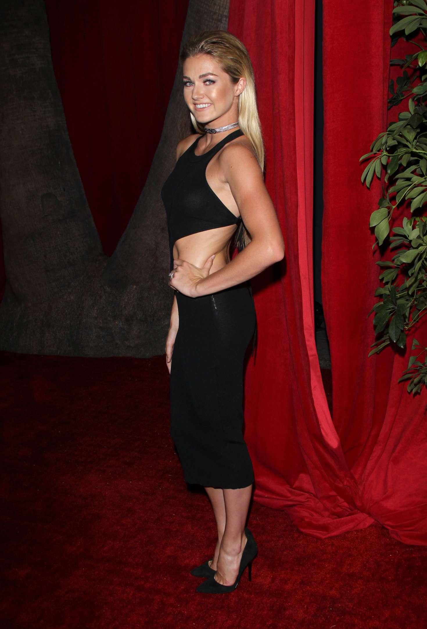 Boobs Lindsay Arnold  nudes (41 foto), 2019, panties