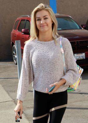 Lindsay Arnold - Arriving for dance practice in Los Angeles