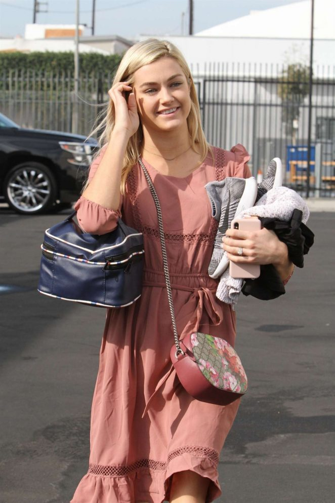 Lindsay Arnold – Heading to the DWTS studio in Los Angeles