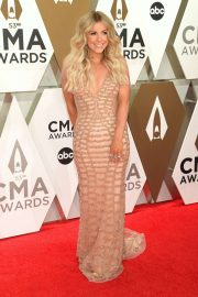 Lindsay Ell - 2019 CMA Awards in Nashville