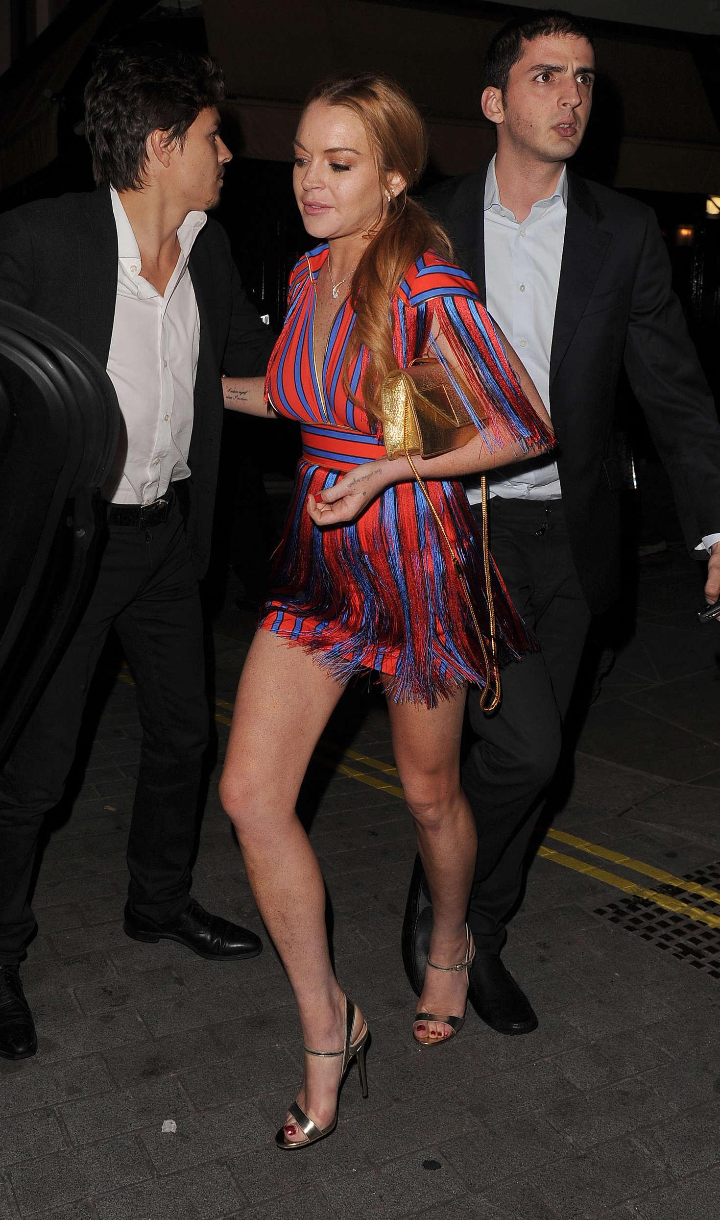 Lindsay Lohan 2016 : Lindsay Lohan and Kourtney Kardashian: Leaving Ours Restaurant -04