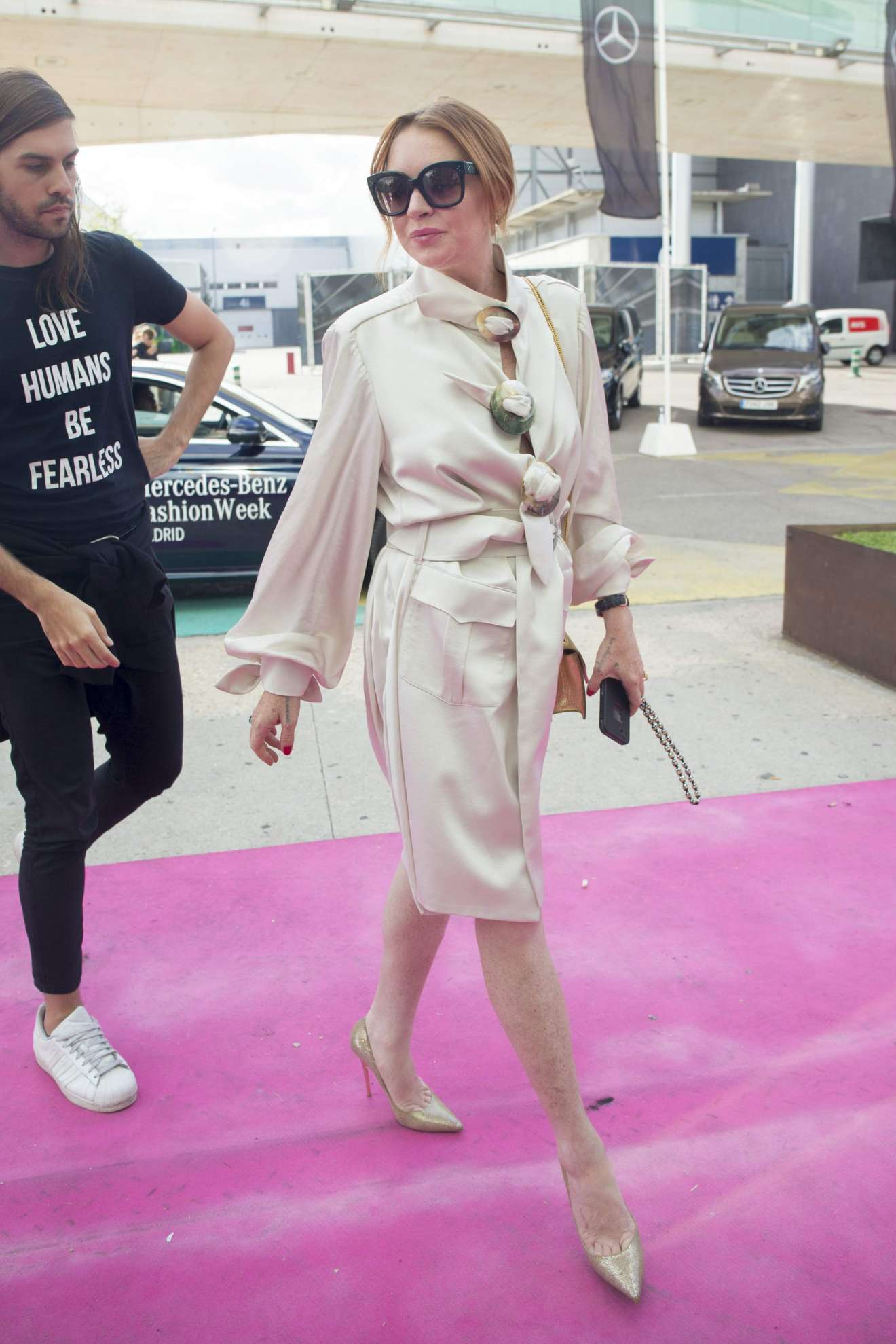 Lindsay Lohan - Arrive at 2017 Fashion show in Madrid - Spain