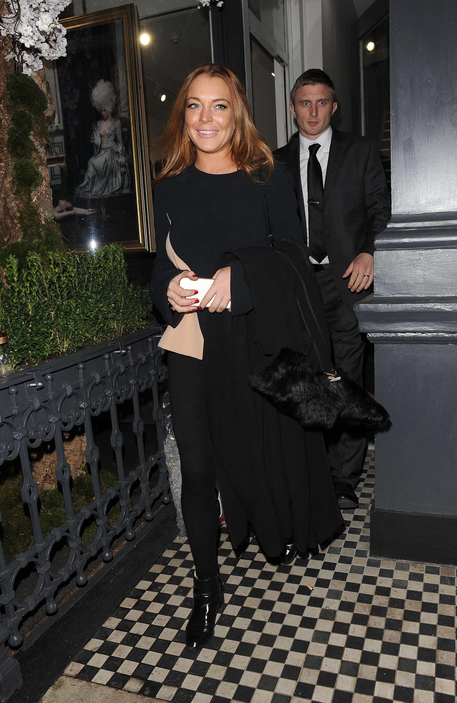 Lindsay Lohan 2016 : Lindsay Lohan eNight out in Mayfair -02