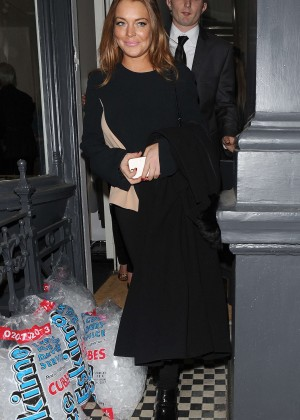 Lindsay Lohan eNight out in Mayfair -08