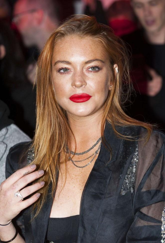 Lindsay Lohan: Gareth Pugh Show at LFW -04