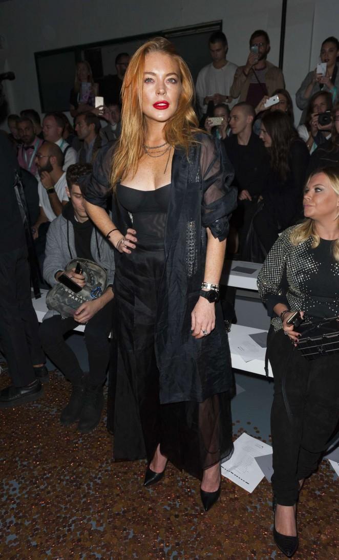 Lindsay Lohan: Gareth Pugh Show at LFW -05