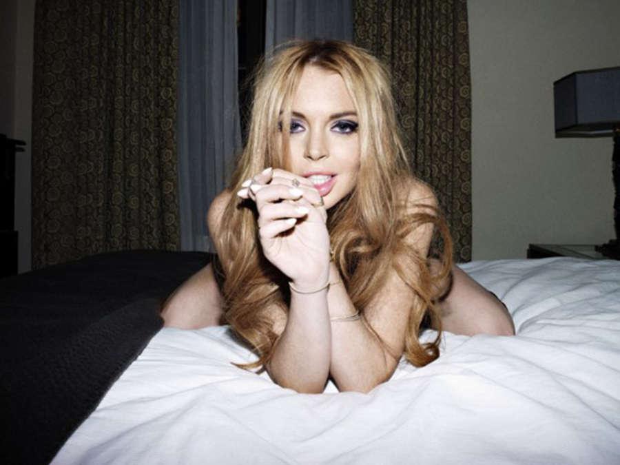 Boobs ICloud Lindsay Lohan  nudes (55 images), iCloud, braless