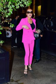 Lindsay Lohan in Pink - Leaving the Mercer Hotel in New York