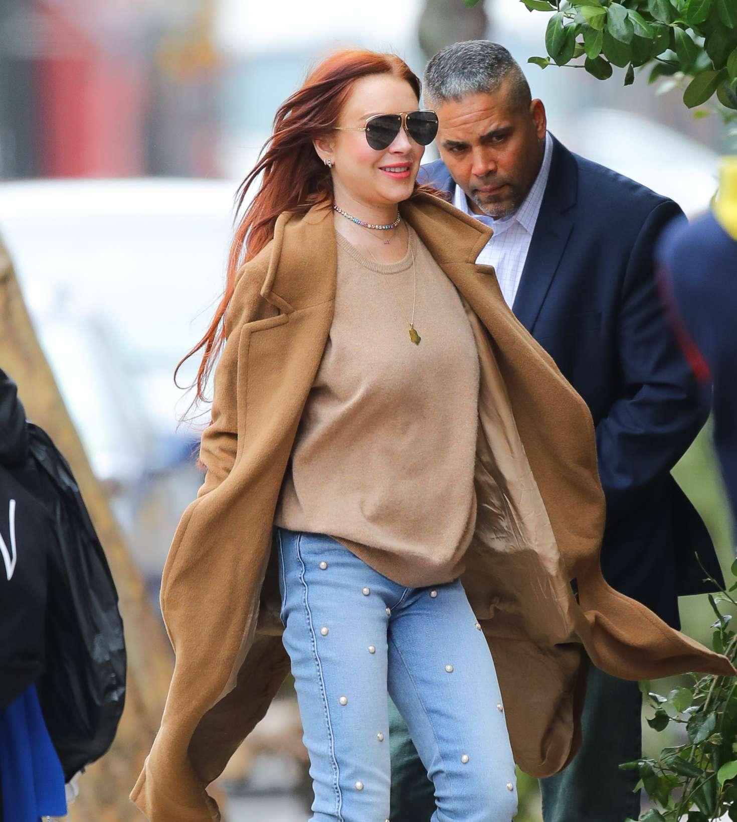 Lindsay Lohan 2019 : Lindsay Lohan: Leaves her apartment -04