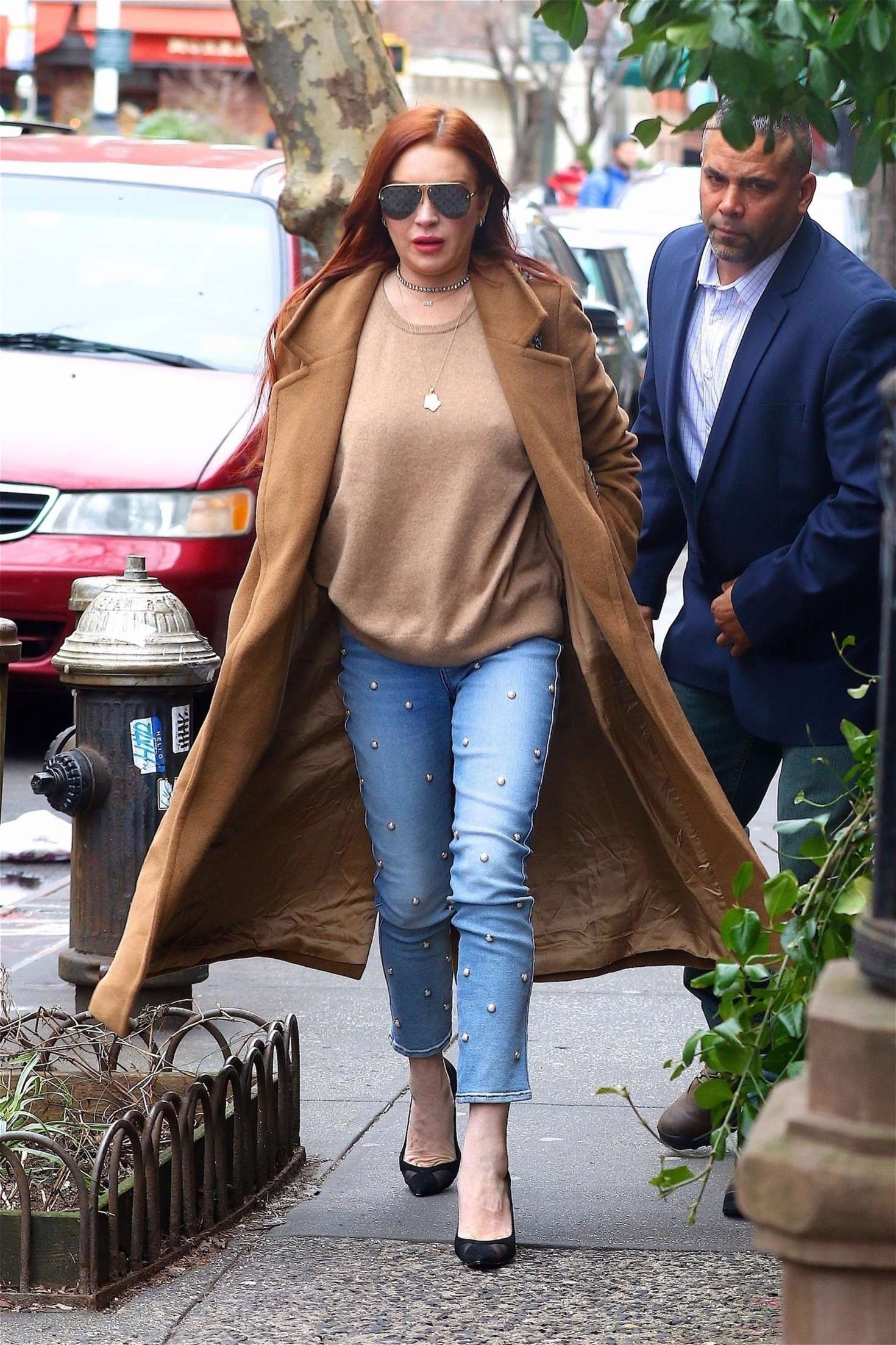 Lindsay Lohan 2019 : Lindsay Lohan: Leaves her apartment -07