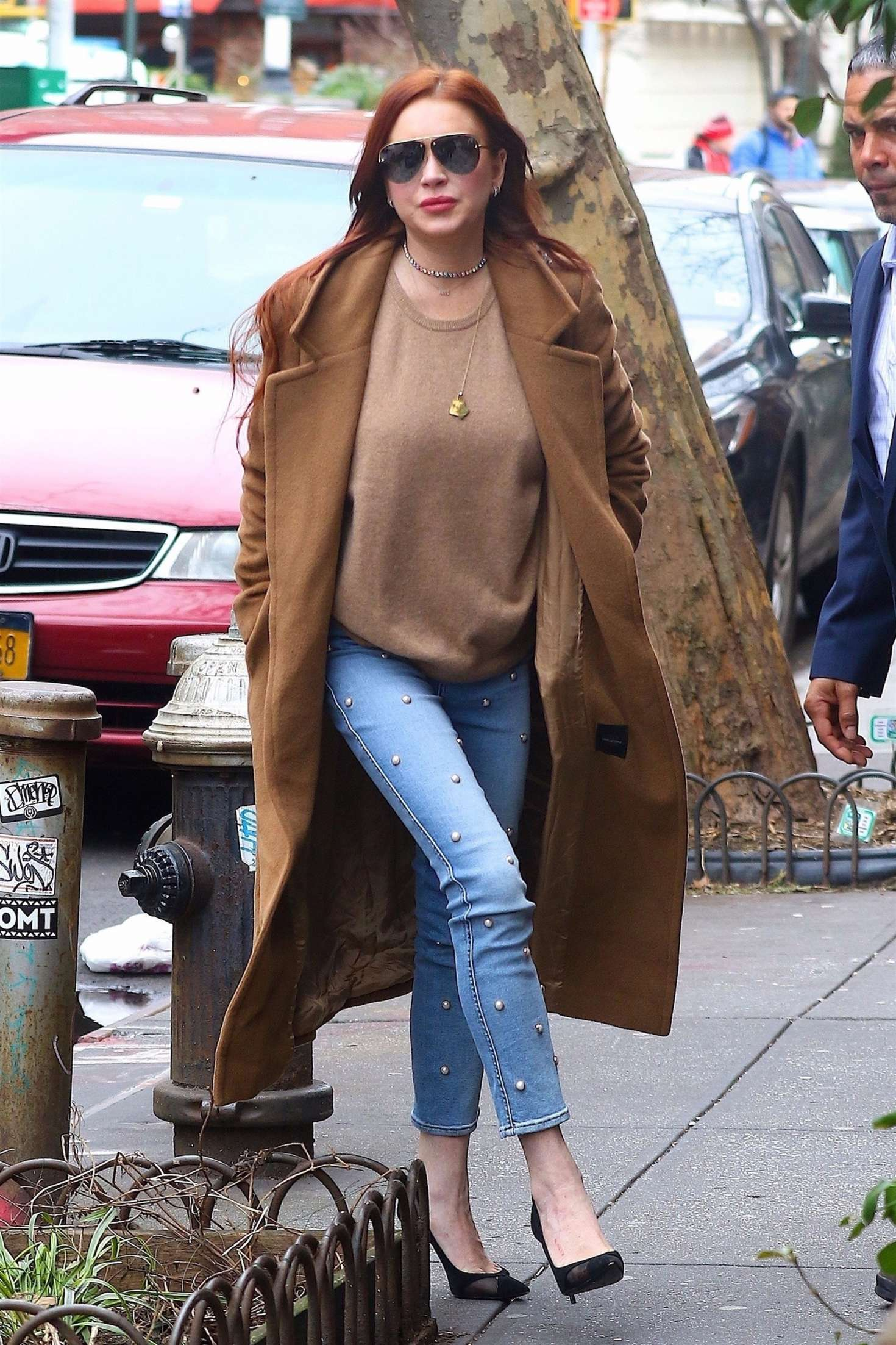 Lindsay Lohan 2019 : Lindsay Lohan: Leaves her apartment -09