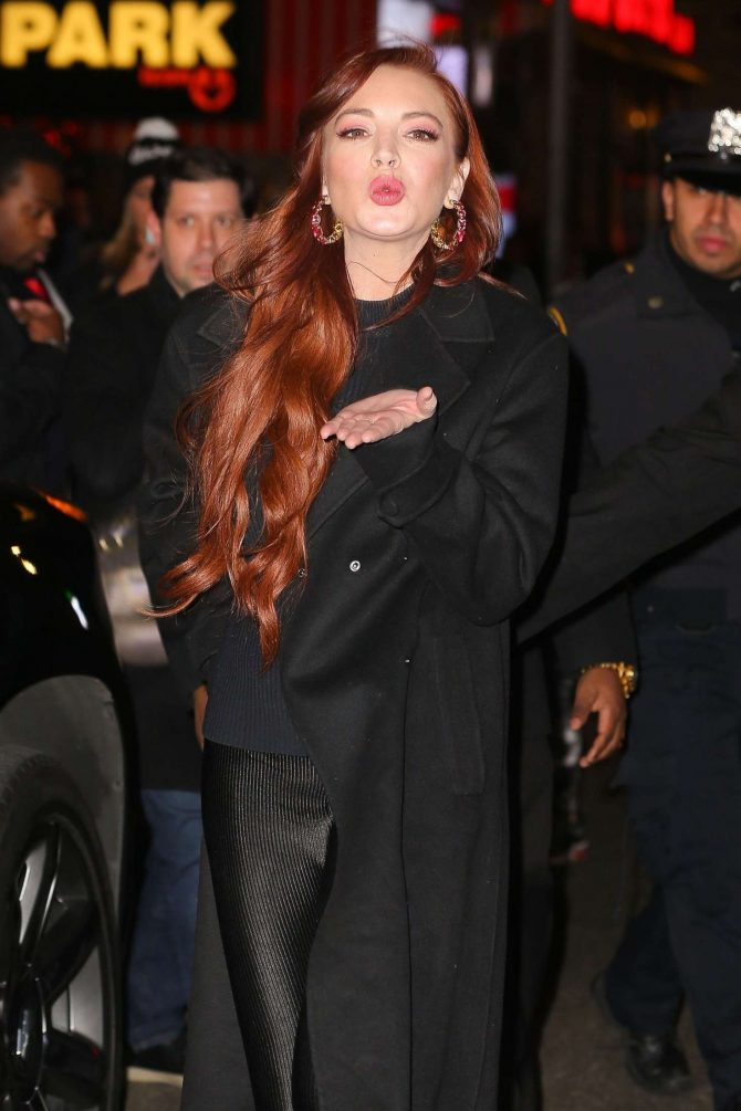 Lindsay Lohan - Leaves the MTV Studios in NYC