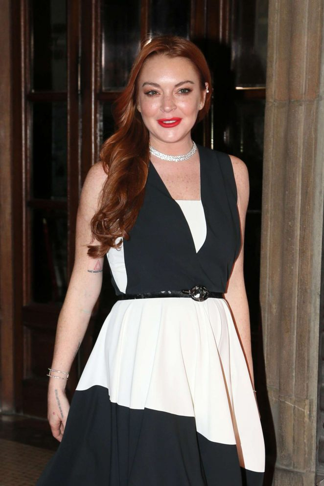 Lindsay Lohan – LuisaViaRoma Firenze4Ever – Fashion, music and art in Florence