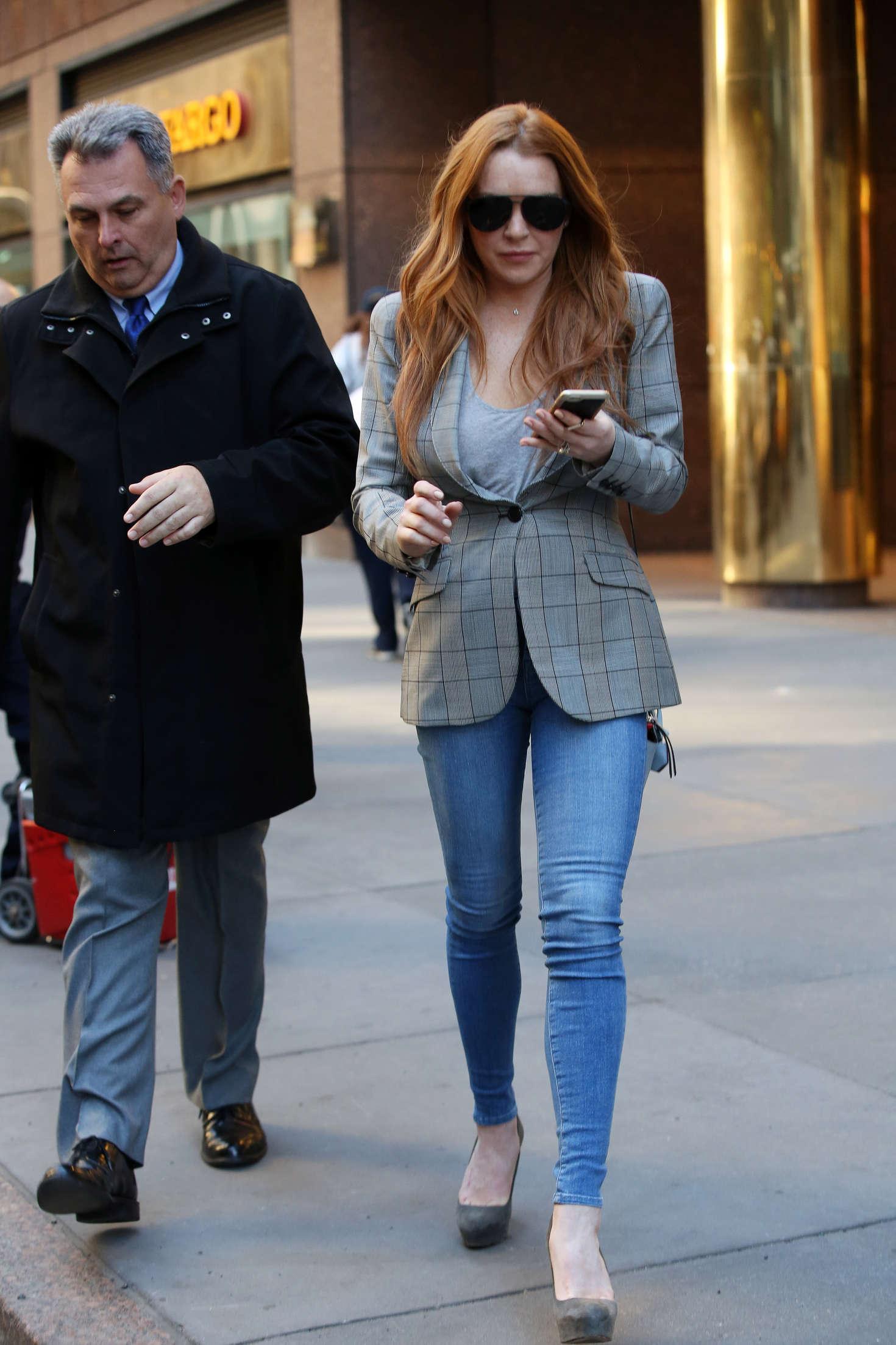 Lindsay Lohan 2016 : Lindsay Lohan on upper east side in New York -14