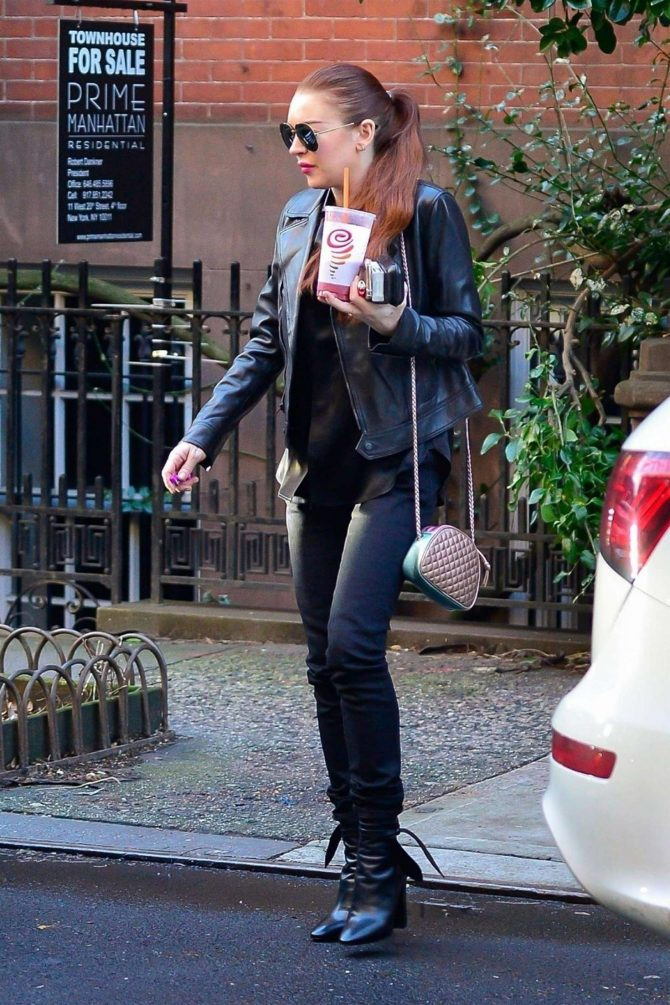 Lindsay Lohan: Out in New York City -05
