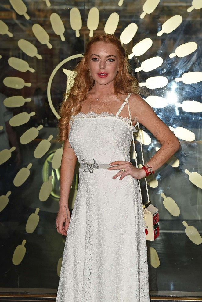 Lindsay Lohan - The Magnum Pleasure Store Launch in London
