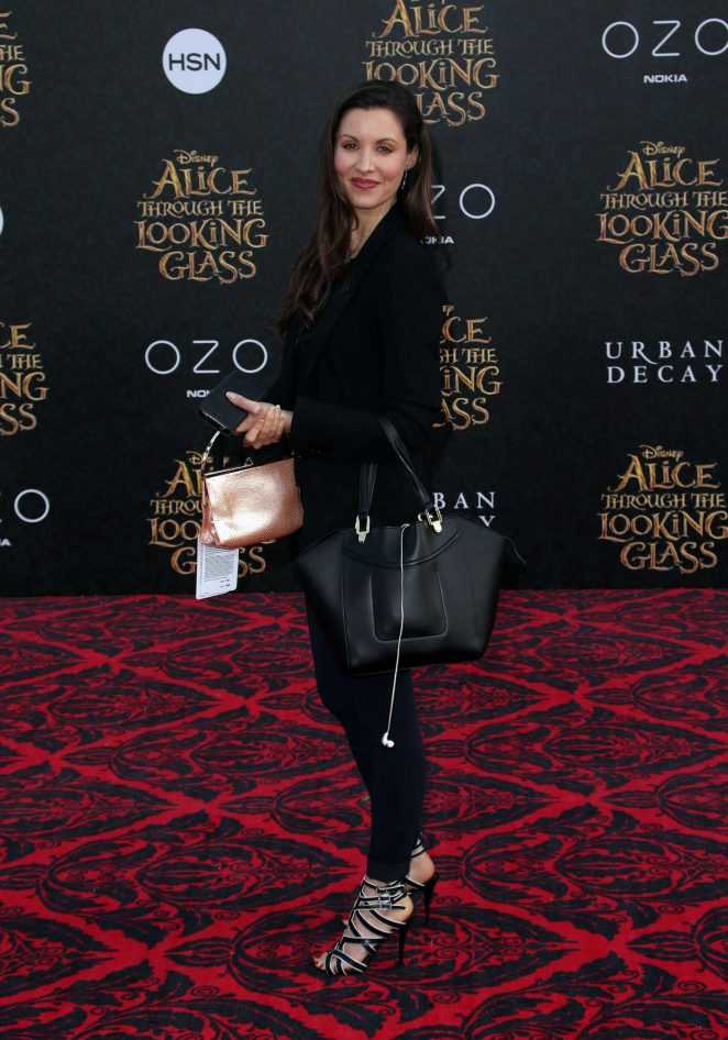 Lindsay Riley - 'Alice Through The Looking Glass' Premiere in Hollywood
