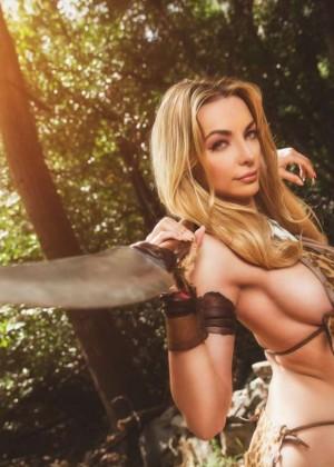 Lindsey Pelas: Jungle Girl Photoshoot 2015 -06