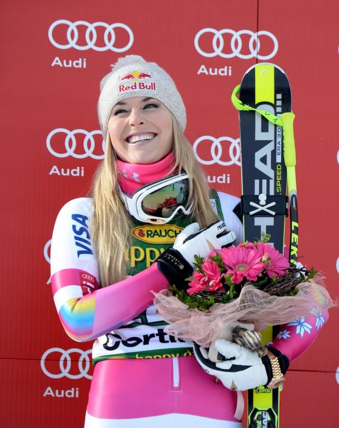 Lindsey Vonn - Audi FIS Alpine Ski World Cup Women's Super-G in Italy