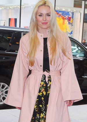 Lindsey Vonn - Heading to 'New York Live' in New York City