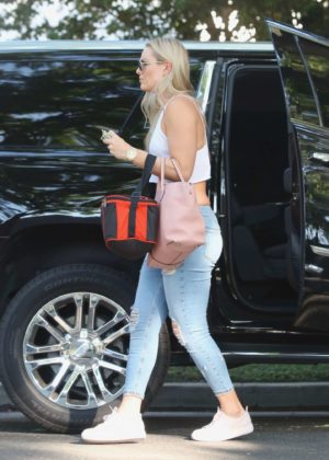 Lindsey Vonn In Jeans Out In Studio City