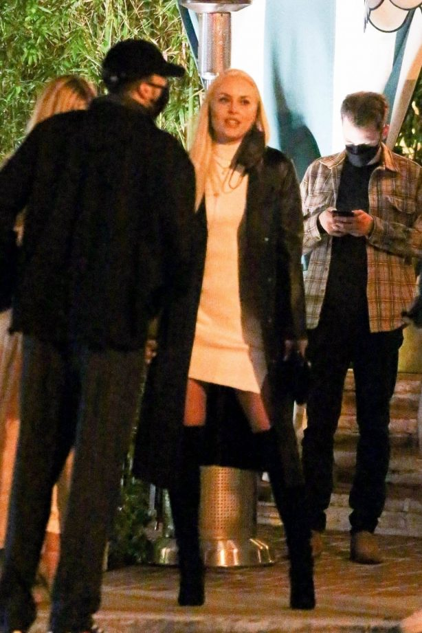 Lindsey Vonn - Steps out for a dinner with friends in Santa Monica