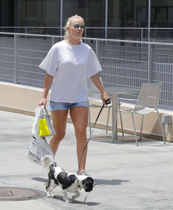 Lindsey Vonn With Her Dog in Beverly Hills