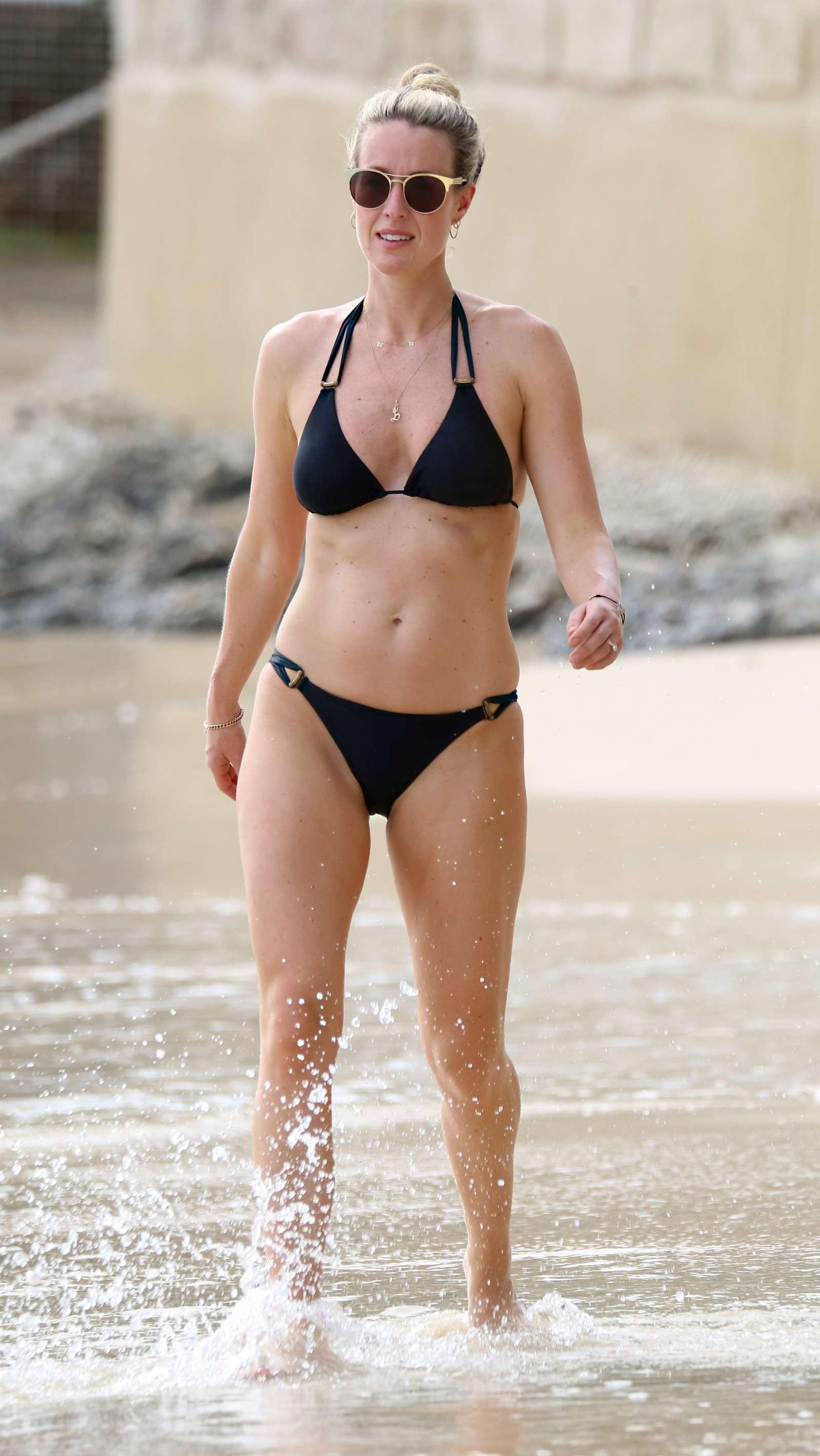 Lindsey Vonn Shows Off Her Stunning Olympic Skier Bikini Body