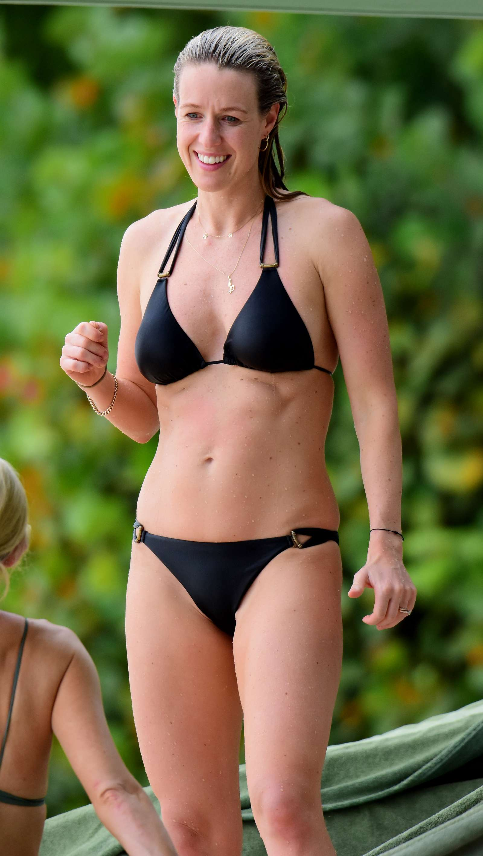 Courteney Cox Flashes Major Cleavage In Sexy Swimwear
