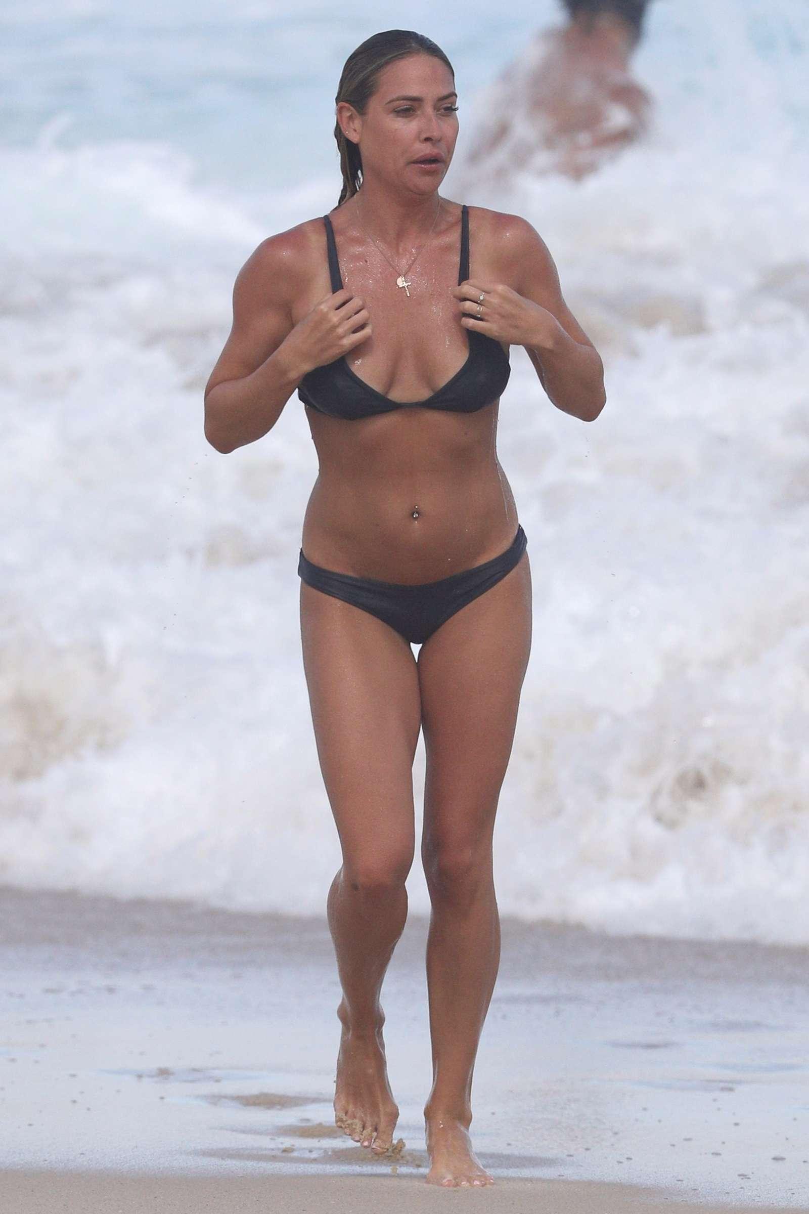 Lisa Clark 2017 : Lisa Clark in Black Bikini 2017 -06