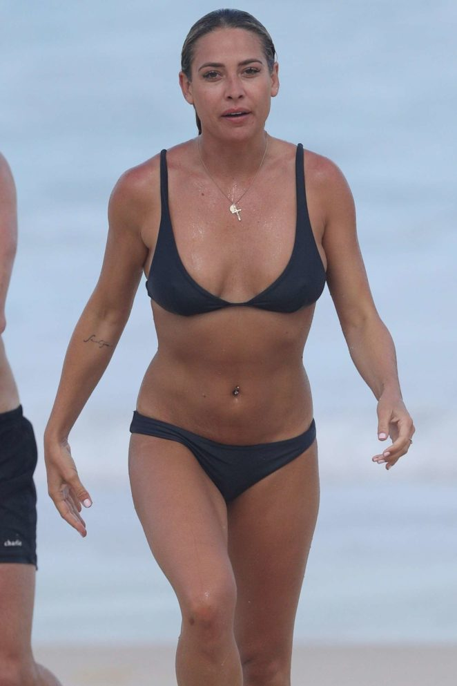 Lisa Clark in Black Bikini on a beach in Sydney Pic 1 of 35