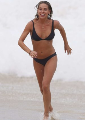 Lisa Clark in Black Bikini on a beach in Sydney Pic 33 of 35