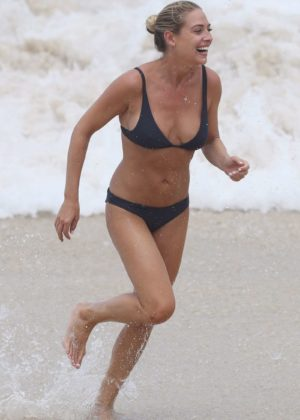 Lisa Clark in Black Bikini on a beach in Sydney Pic 8 of 35